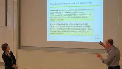 Lisbeth Söderqvist (Vetenskapsrådet) ja Ulf Kronman (Kungliga biblioteket). Kuva: Jyrki Ilva