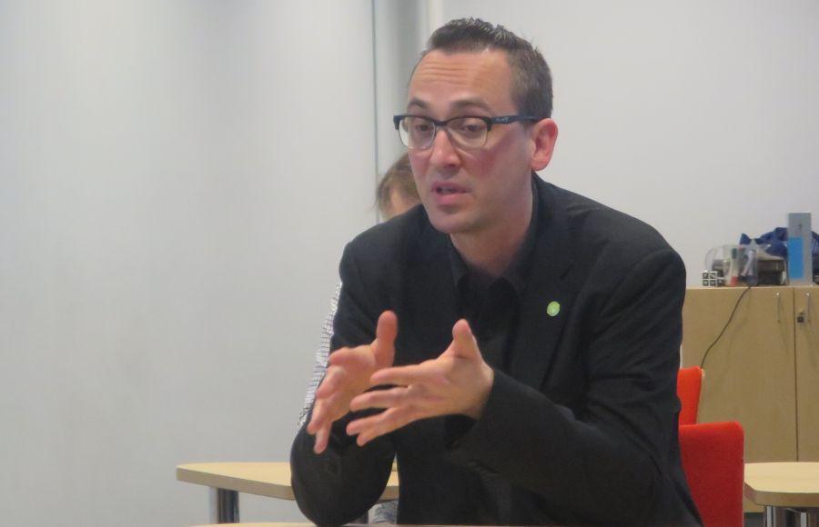 ORCID:in Euroopan johtaja Josh Brown vieraili 22.4.2016 järjestetyssä ORCID-seminaarissa.