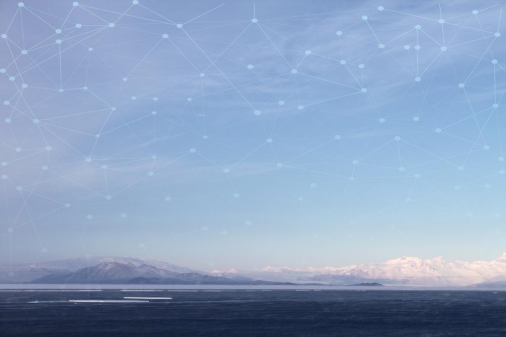 Kuva: Antarctica, Teemu Talja, cc-by-sa-4.0. Muokattu kuvista Eli Duke: Antarctica: McMurdo Station ja nimetön